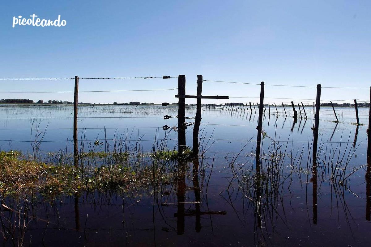 Por las lluvias, volvió a inundarse Buenos Aires — Fotos