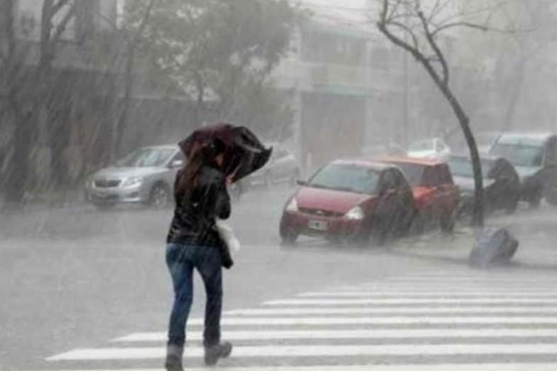 Jueves caluroso en la ciudad, el sábado volverían las lluvias